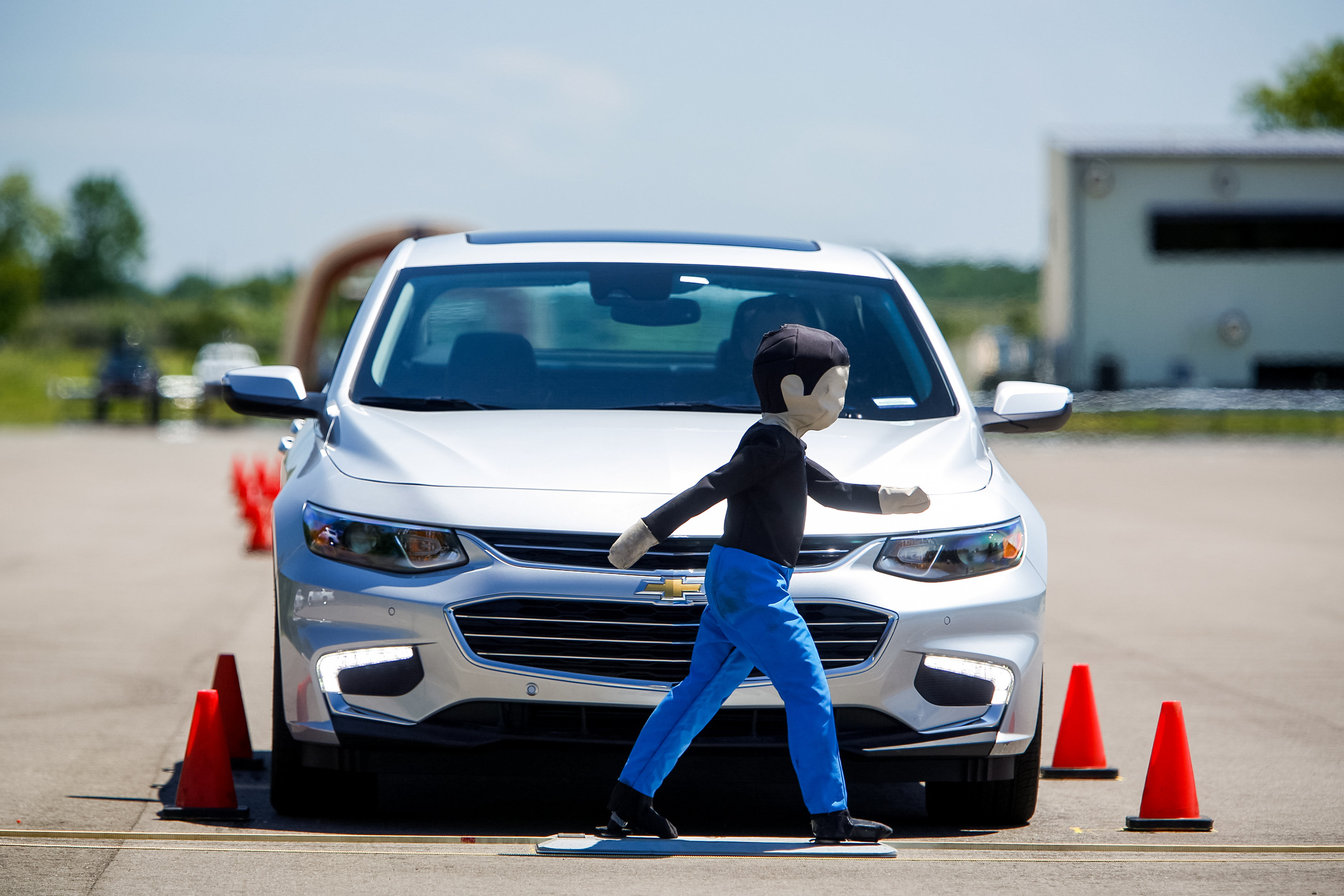 Gm Paving Way To Smarter And Safer Driving At All New Active Safety Test Area